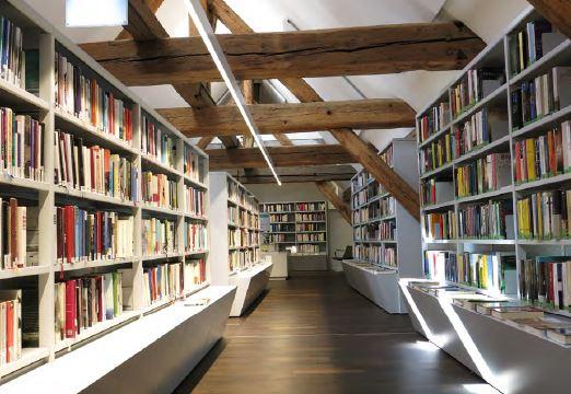 Bücherei Beispiel