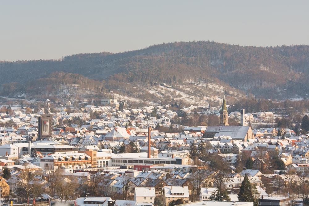Blick vom Grafenberg auf das verschneite Schorndorf