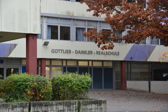 Eingangsbereich der Gotlieb-Daimler-Realschule