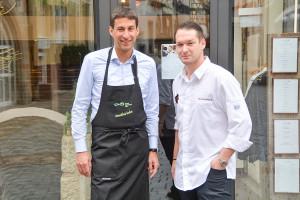 OB Matthias Klopfer und Chefkoch Nico Burkhardt vom Boutique Hotel Pfauen treten beim Koch-Duell am Montag, 24. Juni, für Schorndorf an.