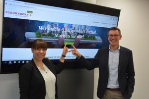Katja Plieninger und BM Thorsten Englert