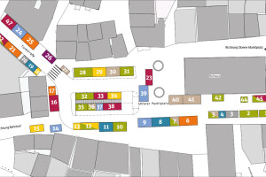 Übersicht über die Marktstände an den sechs Verlegungssamstagen auf dem Unteren Marktplatz.