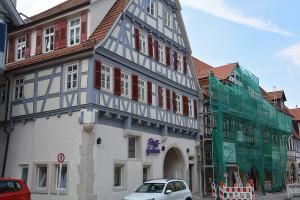 Ein wunderschönes Beispiel für die Fassadensanierungen in der Weststadt.