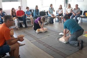 Die Ehrenamtlichen trainierten viele hilfreiche Praxisbeispiele.