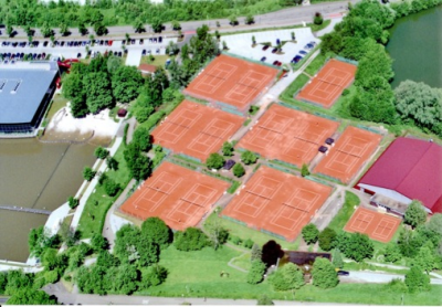 Luftbild der Tennisanlage des TC Schorndorf 1902