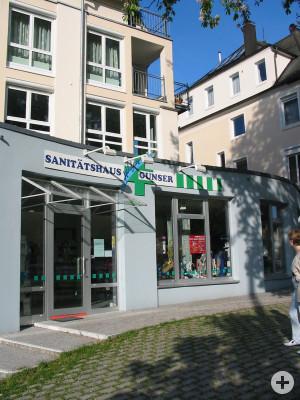 Außenansicht der Filiale des Sanitätshaus Gunser in Schorndorf