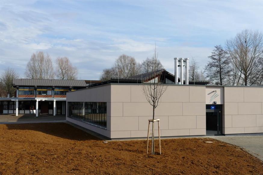 Außenansicht der Gemeinschaftsschule Rainbrunnen in Schorndorf