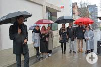 Vor der Eröffnung bedankte sich OB Klopfer (links) bei Familie Göttker und allen Beteiligten.