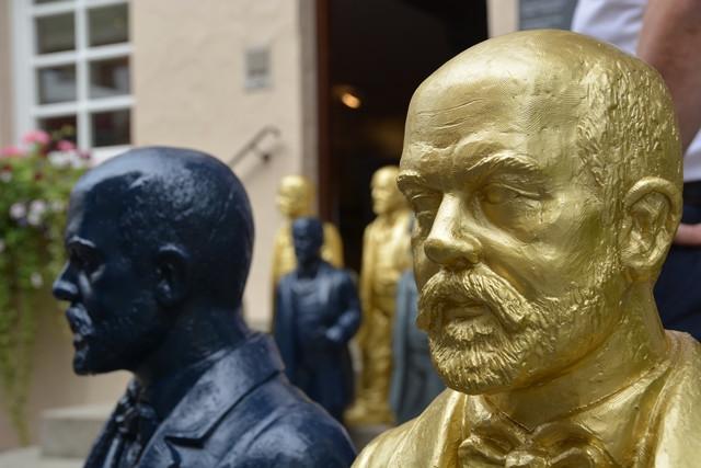 Daimler Skulpturen