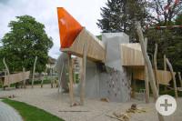 Spielen am Fort im Schlosspark.