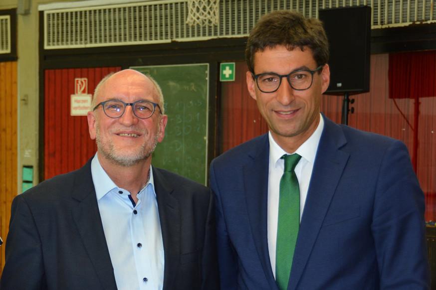 P. Hoffmann (l.) und OB Klopfer.