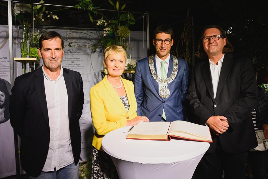 Thilo Schick, Friedlinde Gurr-Hirsch, OB Matthias Klopfer und Johannes Milla (v.l.).