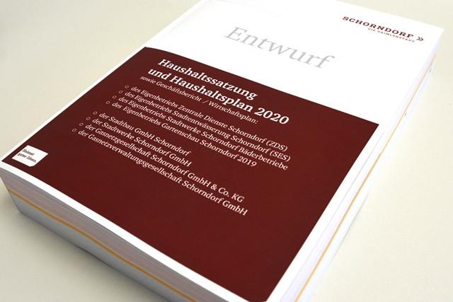 Der Haushalt der Stadt Schorndorf umfasst fast 950 Seiten.