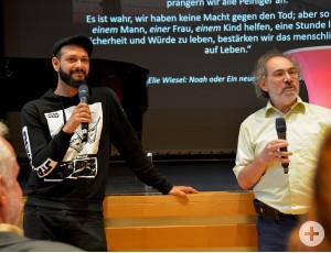 Oron Haim (links) und David Holinstat beantworten Fragen zum Judentum.