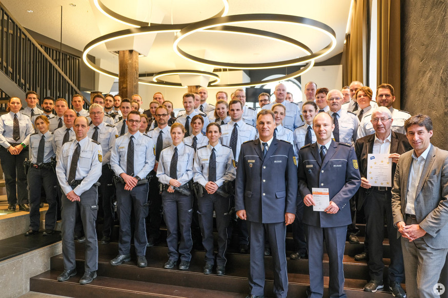 64 Polizistinnen und Polizisten errangen Sportabzeichen im Jahr 2019