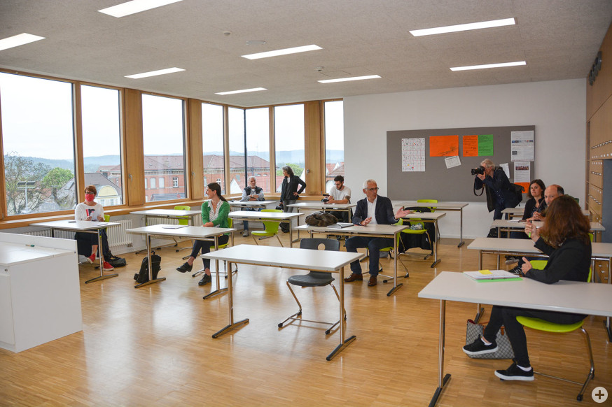 Klassenraum mit Mindestabstand.