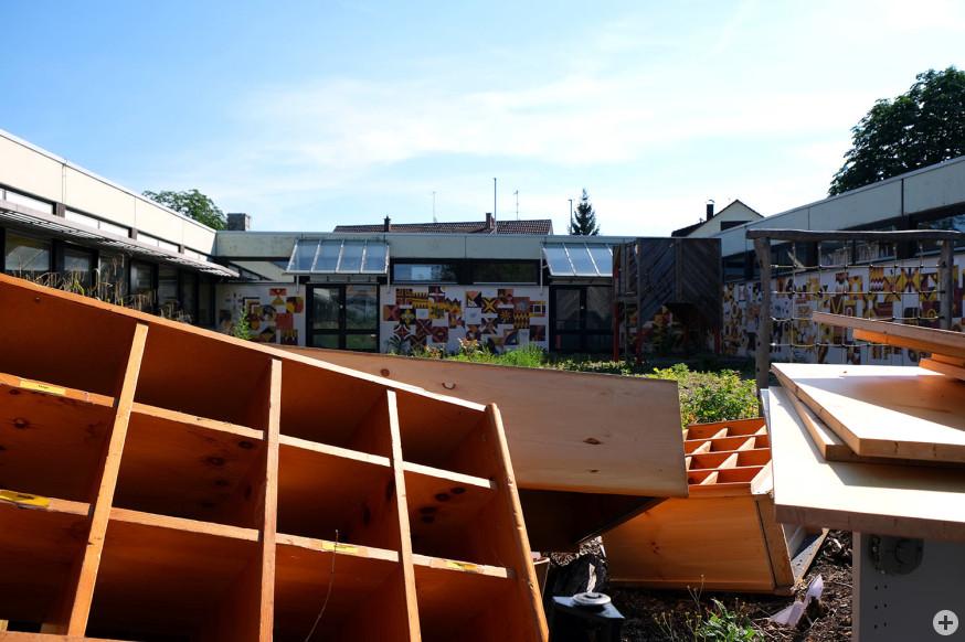 Die Rainbrunnenschule wird bereits ausgeräumt.