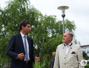 OB Klopfer (l.) konnte dem Nationalratspräsident Wolfgang Sobotka Einiges über die Gartenschau erzählen