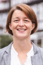 Porträt von Claudia Lösler