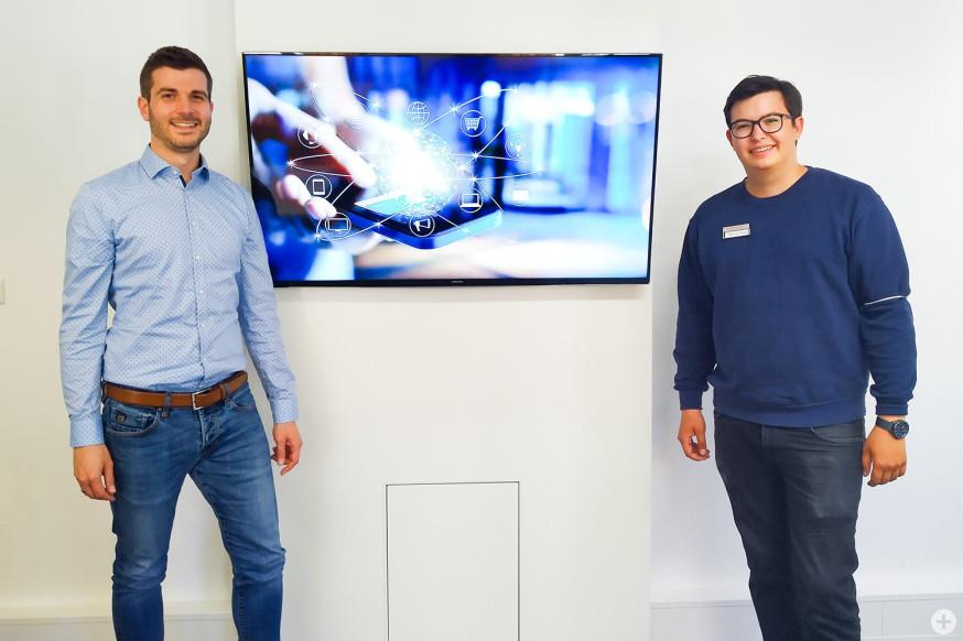 """Erster Verwaltungspraktikant des Studiengangs """"Digitales Verwaltungsmanagement"""" startet bei der Stadt Schorndorf"""